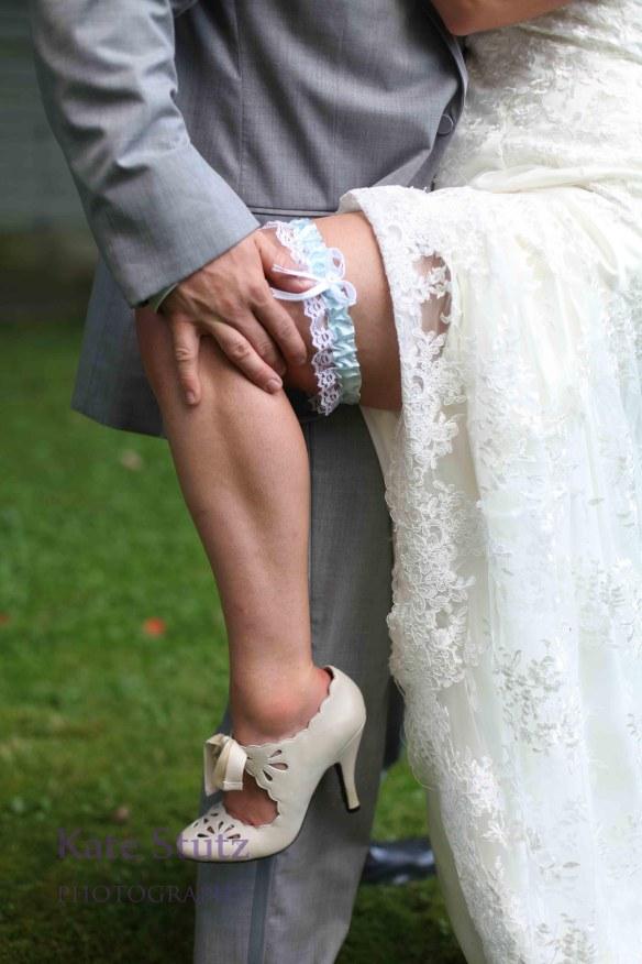 Sexy Wedding Photos, seductive wedding photos, risque wedding photos, provocative wedding photos,